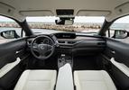 Lexus UX 250h 2019 interieur standaard