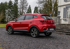 MG ZS EV Luxury rood (2020) achterkant