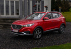 MG ZS EV Luxury rood (2020) neus