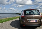 Renault-Grand-Scenic-dCi-EDC-02