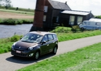 Renault-Grand-Scenic-dCi-EDC-11