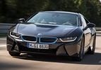 BMW i8 in zwarte livrei (2013)