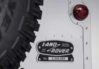 Land Rover Defender 2.000.000