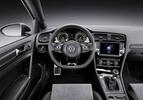 Volkswagen-Golf-R400-Concept