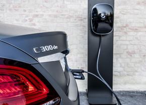 mercedes c 300de plug-in hybride