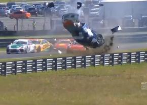 porsche-carrera-cup-crash