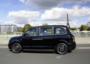 london taxi levc in parijs