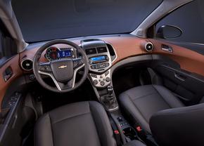 2012-chevrolet-sonic-sedan-8