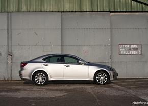 Lexus IS 0