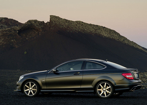 Mercedes-C-klasse-Coupe-2011-002