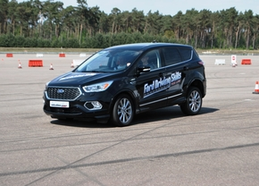 ford-driving-skills-for-life-lommel-01_1200