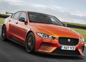 jaguar_xe_sv_project_8-4