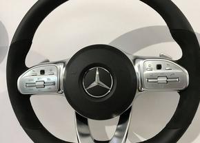 2018-mercedes-benz-a-klasse-stuur