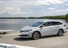 toyota-auris-ts-freestyle-2017_01