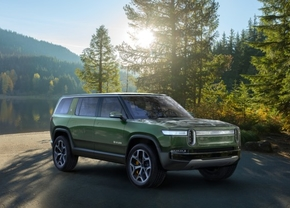 2018_rivian_r1s_front