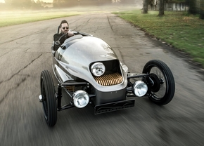 Morgan EV3 productie