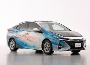 toyota prius phv solar concept 2019