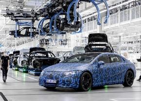 Mercedes EQS assemblage