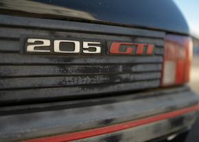Peugeot 205 GTi L'Aventure Peugeot