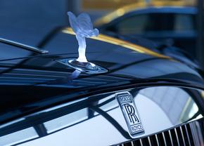 Rolls-Royce Spirit of Ecstasy verlicht verboden Europa