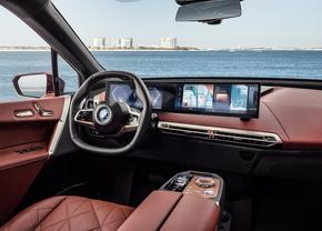 BMW iDrive 8 info
