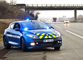 renault_megane_rs_gendarmerie_01