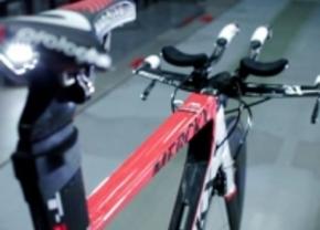 Eddy Merckx en Lexus bouwen samen een fiets