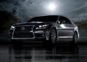 Nieuwe Lexus LS ontsnapt