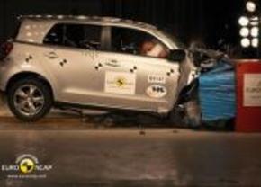 Toyota Urban Cruiser Euro NCAP crash test