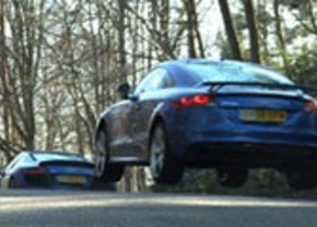 Audi R8 V10 vs Audi TT RS