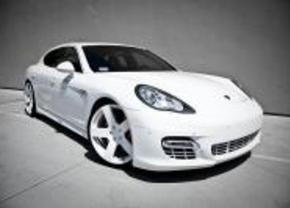 Porsche panamera door Platinum Motorsports voor Rob Dyrdek