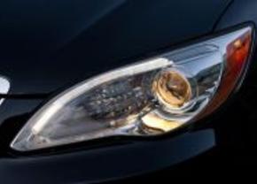 Teasers: 2011 Chrysler 200C sedan