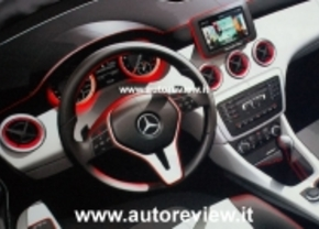 Mercedes A-klasse interieur sketches 2013