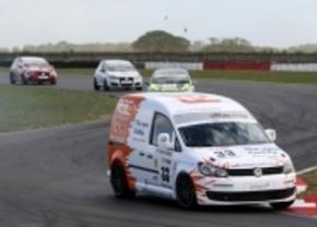 Racen voor bestelwagens: Volkswagen Caddy Racer