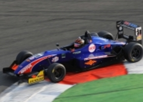 Sam Dejonghe Euro F3 Opmen Magny cours