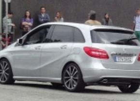 Gespot: Mercedes' nieuwe B-klasse