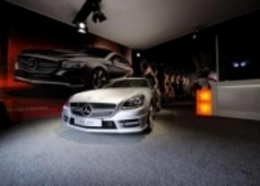 Mercedes en Range Rover exposeren in Knokke