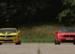 Boss Mustang 302 vs Camaro SS