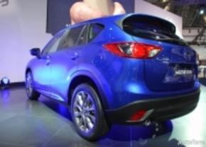 Live op de IAA 2011: Mazda CX-5