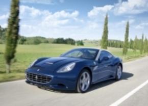 Ferrari heeft lichtere en krachtiger California voor Genève