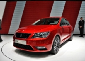 Live in Genève 2012: Seat Toledo Concept is rood