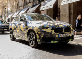 bmw-x2-digital-camouflage