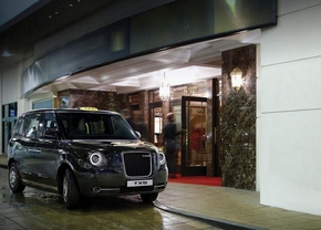 geely-tx5-taxi-londen_01