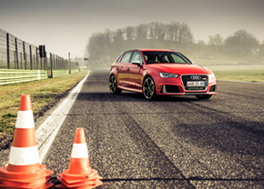 audi-rs3-2015-wallpaper_intr