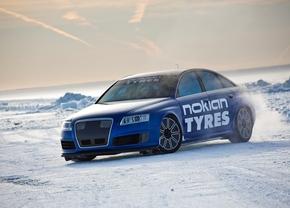 MTM Audi RS6 breekt snelheidsrecord op ijs - 336 km/u