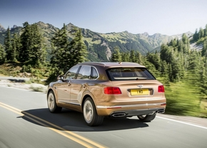 bentley-bentayga-2015_02