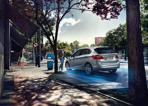 bmw-225xe-plugin-active-tourer-official_6