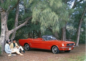 1965_ford_mustang_convertible