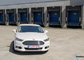ford-mondeo-hybrid-rijtest-4