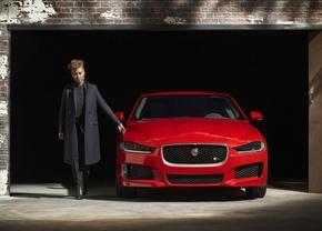 jaguar-xe-front